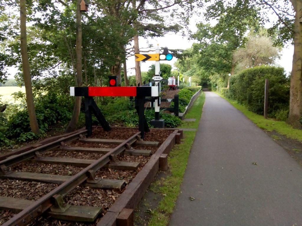 Nast Hyde Halt with railway track